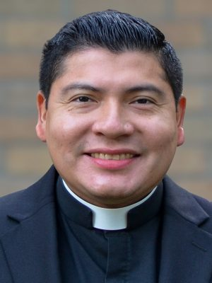 Fuentes, Roselio (Rev.)