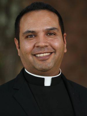 Hernandez, Victor (Rev.)